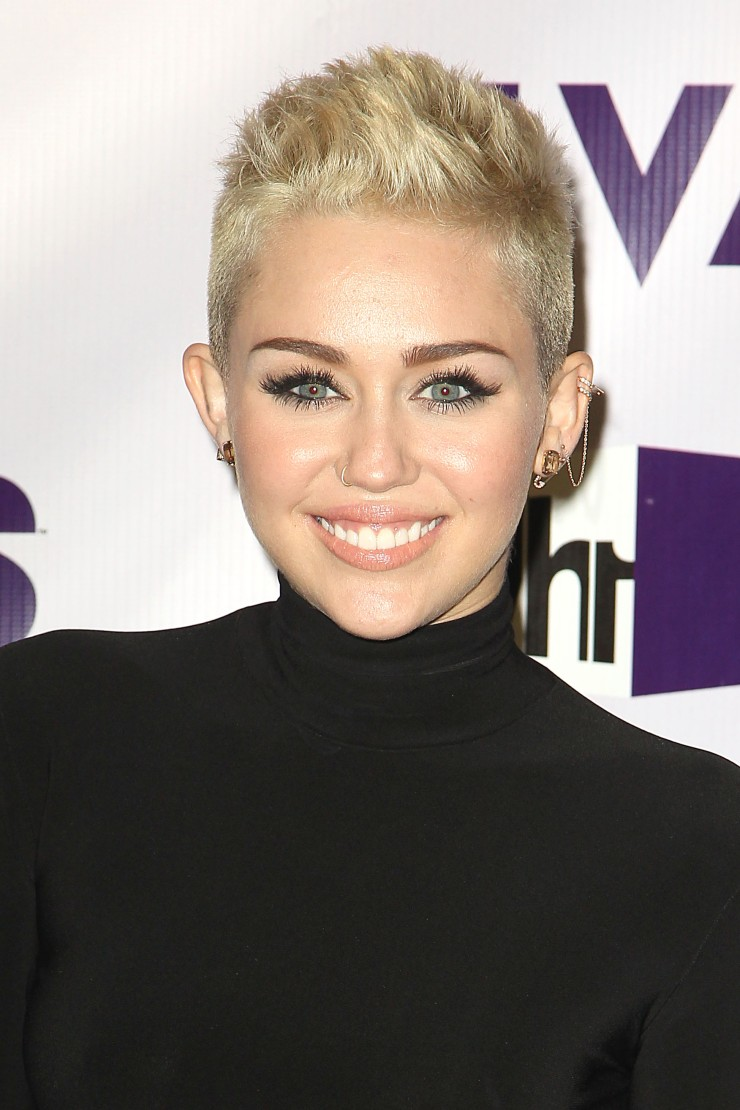 miley-cyrus-short-hair-4