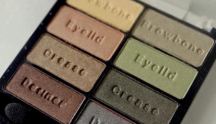 Wet-'n'-Wild-Comfort-Zone-Eyeshadow-Palette-3-800x600