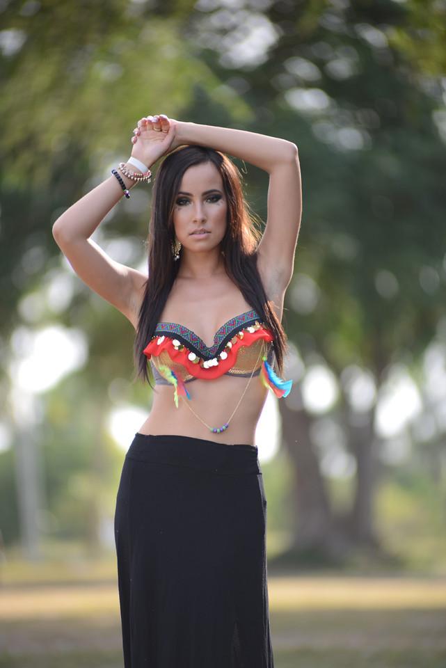 mi_gente_coachella_outfit