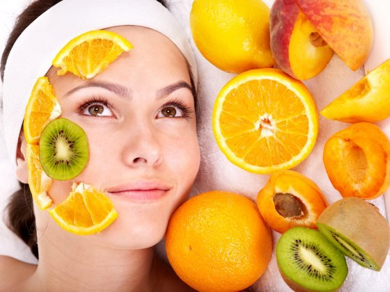 Maintain your skin hydrated with homemade face masks with fruits