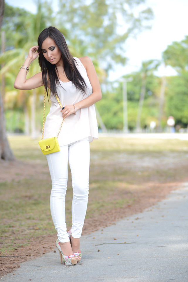how wear white pants outfit wardrobe ladycode lisa opie