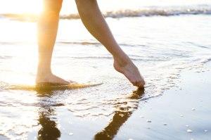 feet_sand_1_1_125
