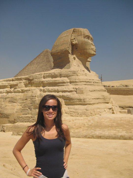 egypt sphinx women travling
