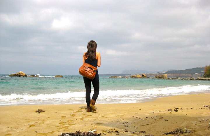 Women traveling abroad along tips