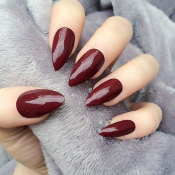 deep red nails merlot stiletto fall 2015