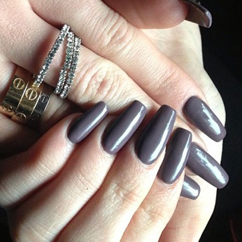 Fall 2015 Nail Trends: Grays And Violets: Fall 2015 Nail Trends