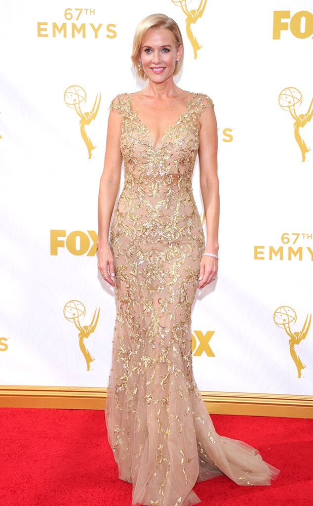 penelope ann miller emmy 2016 red carpet best gown