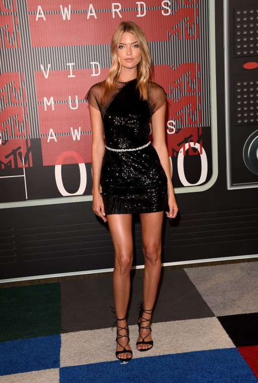 martha hunt georges chakra red carpet outfit fashion blog review
