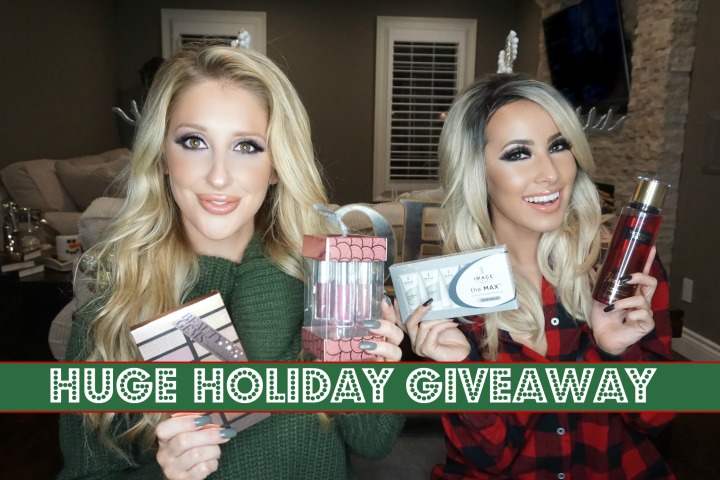 Lady Code's Holiday Giveaway with Raven Reed!