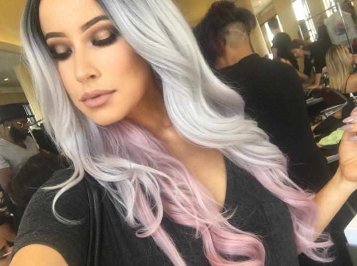 lisa-opie-selfie-hair