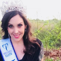 MEET ELITE MISS RHODE ISLAND EARTH 2018: LAURA BARLOW